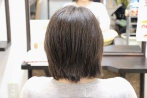 わりと真っすぐな髪なのに毛先がハネル! 縮毛矯正