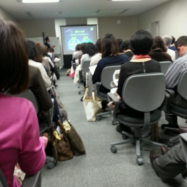 股関節専門先生の講演会