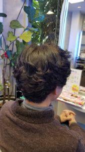 【髪が細くバサバサになるセルフカラー】
